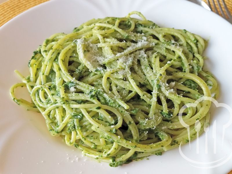 Špagety - špenátovo-syrové