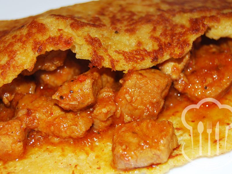 Mäso - pikantné v zemiakovej placke
